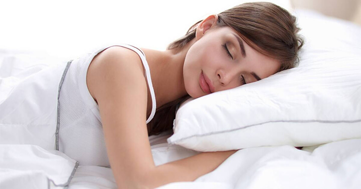 Top 10 Best Pillows for Sleeping Reviews