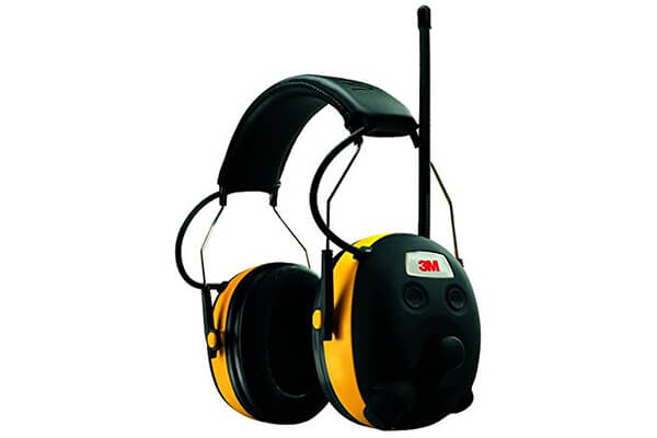 3M WorkTunes Hearing Protector, MP3 Compatible with AM/FM Tuner